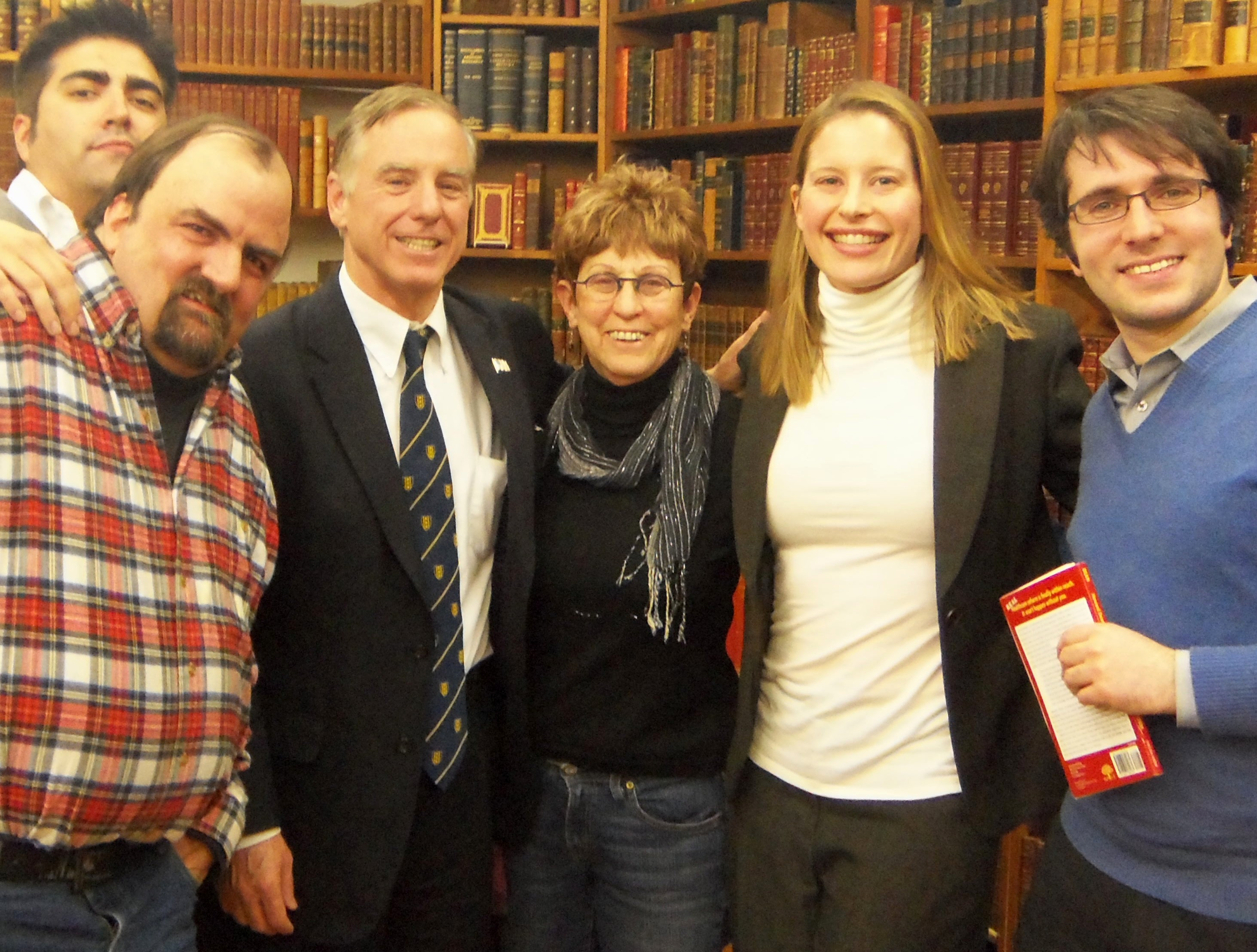 Gov. Howard Dean with DFNYC members at the Strand Bookstore